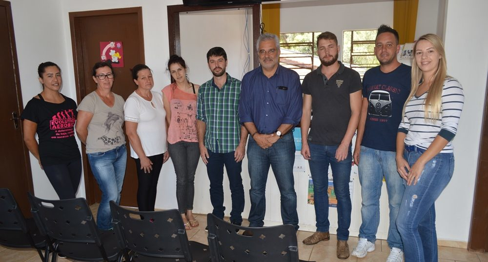 Saúde entrega novos equipamentos e móveis para o Posto Santos Anjos